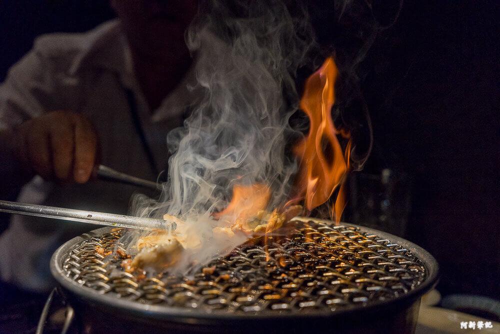 朧月炭火燒肉|台中日式燒肉來啦!有沒有搞錯?M9比臉大和牛肋眼好誇張,烤盤差點放不下!要不要這麼誇張阿。