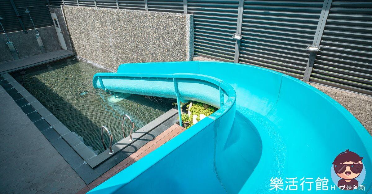 最新推播訊息:超浮誇的滑水道汽車旅館